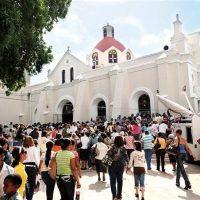 Creyentes abarrotan Santo Cerro para rendir culto a la Virgen de Las Mercedes