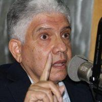 Eduardo Estrella critica soberbia que ve hay en el Gobierno