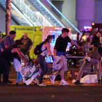 Momentos de terror en Las Vegas por tiroteo durante concierto. Ya son al menos 50 muertos y más de 200 heridos