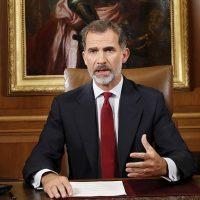 Ni el rey se salva del bombardeo de memes en la Red en medio de la crisis española