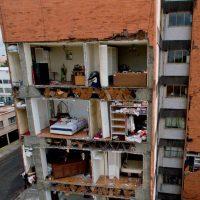 Suman 361 muertos por terremoto en México