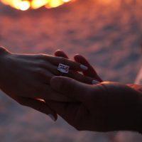 Jennifer Lopez recibe de Alex Rodríguez anillo de 1 millón de dólares