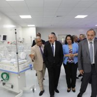 """Presidente Medina entrega """"reestructurada"""" y """"remozada"""" Maternidad La Altagracia"""