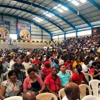 Asistentes a acto reeleccionista denuncian que fueron bajo amenaza de que serían cancelados