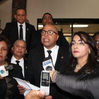 Diputados del PRM reiteran solicitud de interpelación al procurador y emplazan al PLD por intervención telefónica
