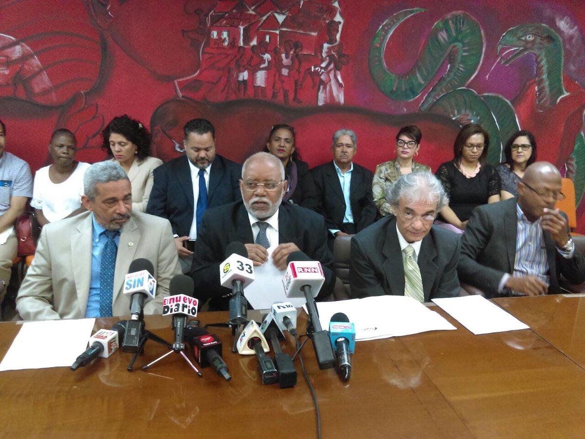 Colegio Médico dice se mantiene llamado a suspensión de servicios afiliados ARS Humano
