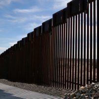 """Trump dice que está """"100%"""" preparado para cerrar la frontera entre Estados Unidos y México"""