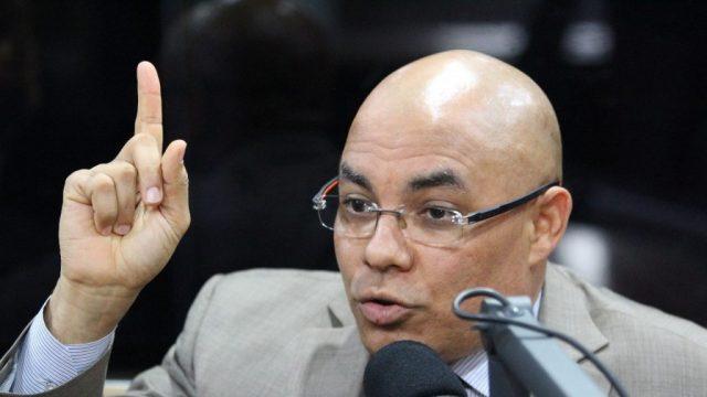 Cristóbal Rodríguez descarta legalmente pueda imponerse la reelección para el 2020